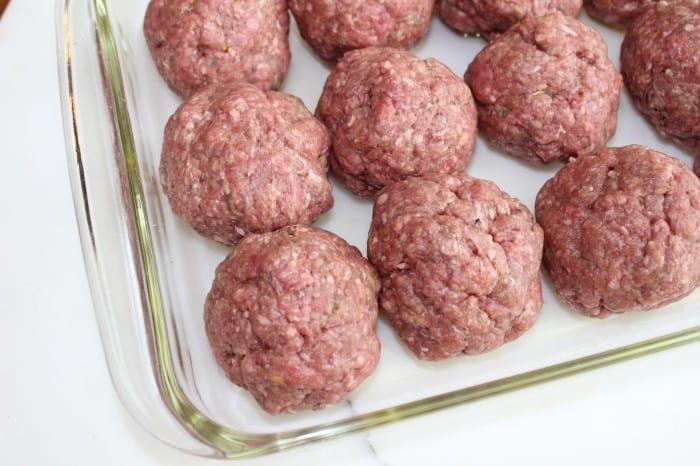 Burnt macaroni - meatballs 091a