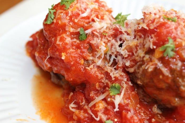 Burnt macaroni - meatballs 120a