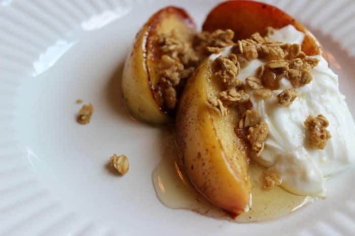 Burnt Macaroni - apples and granola 140a