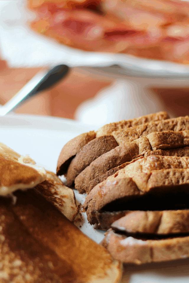 Burnt Macaroni breakfast 082ab