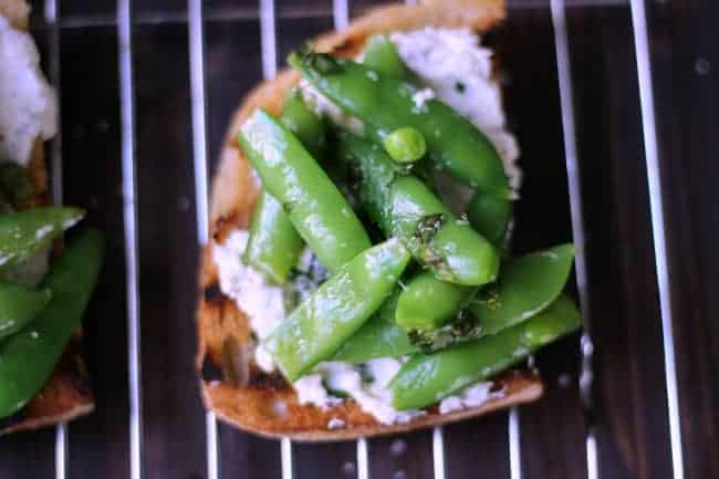 Goat Cheese Crostini with Snap Peas l