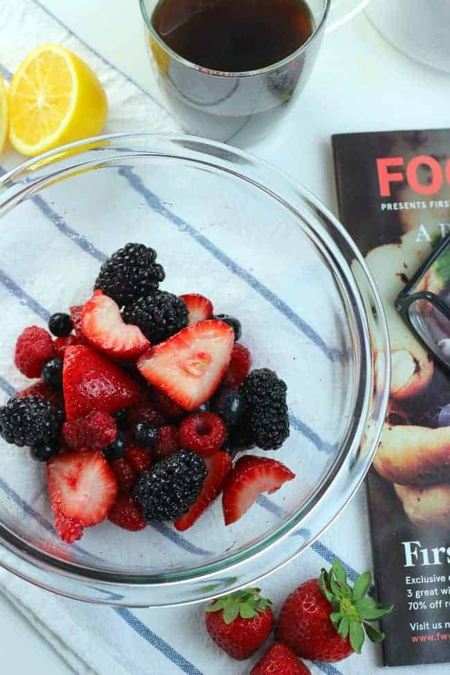 Easy-Fruit-Salad-f