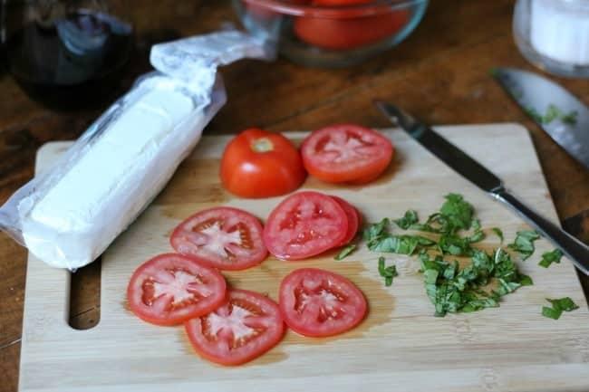 goat-cheese-tomato-basil-flatbread