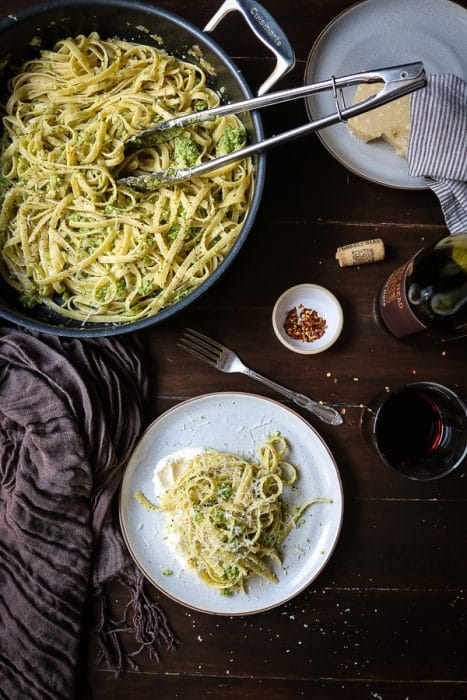 Dreaming of a light broccoli pasta dish?  Broccoli Pesto Pasta with Ricotta is perfect for those warmer spring days when you are looking for something fresh. This pesto pasta is delightful!