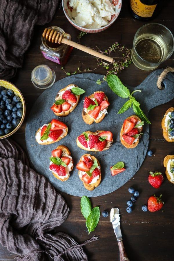 Balsamic Strawberries and Ricotta Crostini
