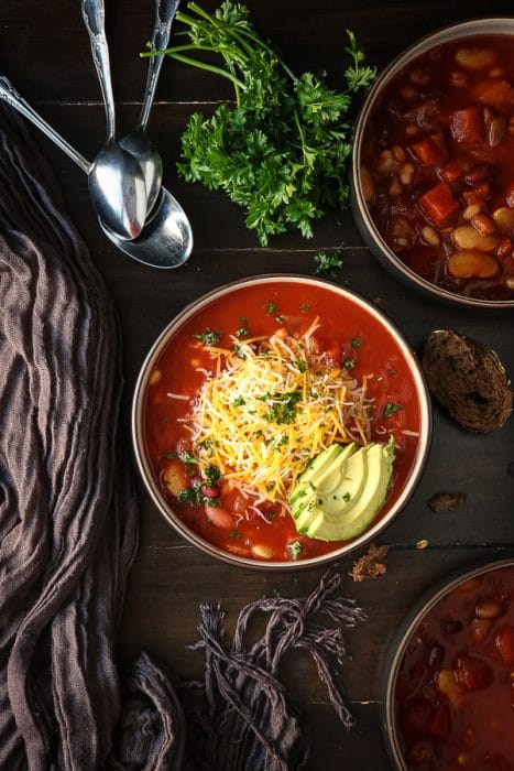 Bean chili recipe in a slow cooker