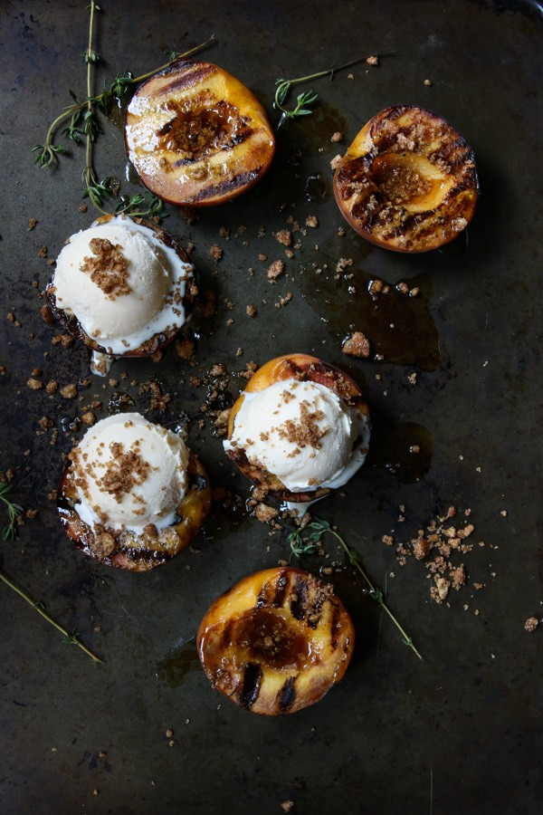 Grilled Cinnamon Honey Peaches with Graham Cracker Crumbs