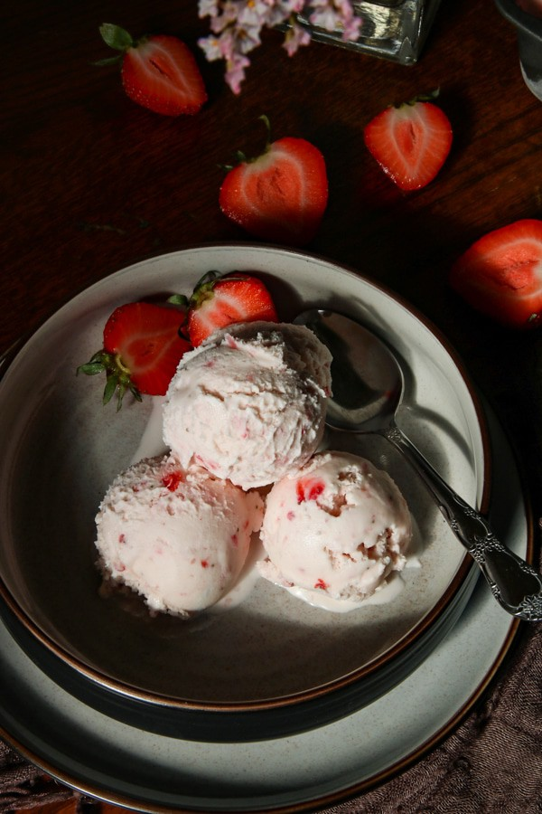 strawberry ice cream in bowl