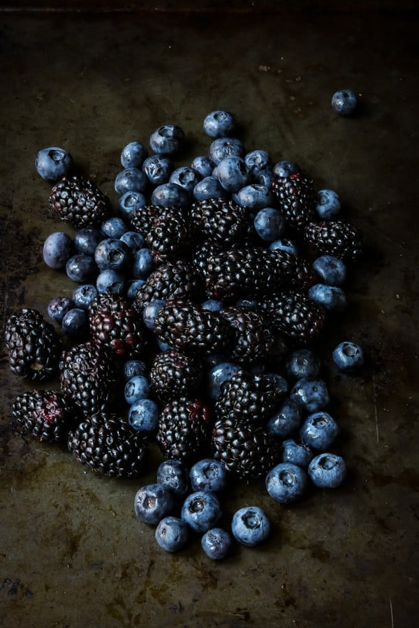 Blackberries and blueberries on a tray